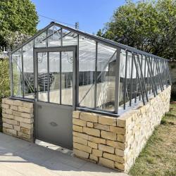 Serre de jardin CLASSIQUE sur muret
